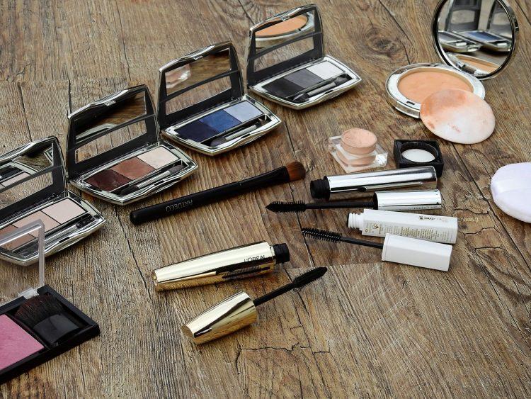 Czy warto kupować kosmetyki na prezent